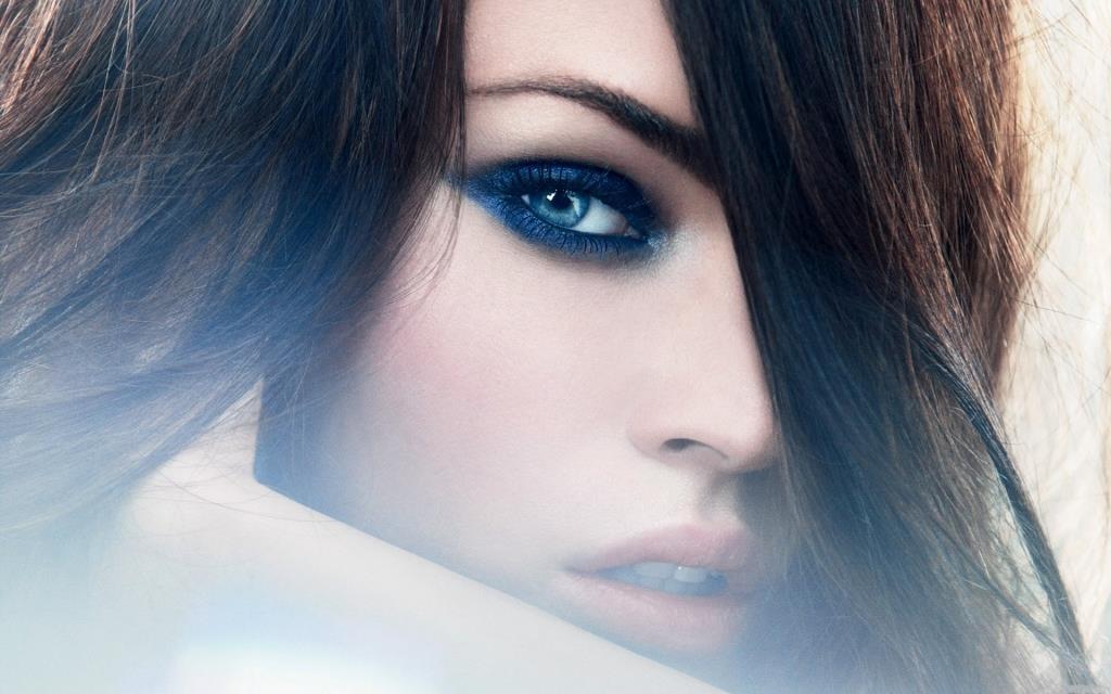 Голубоглазая девушка