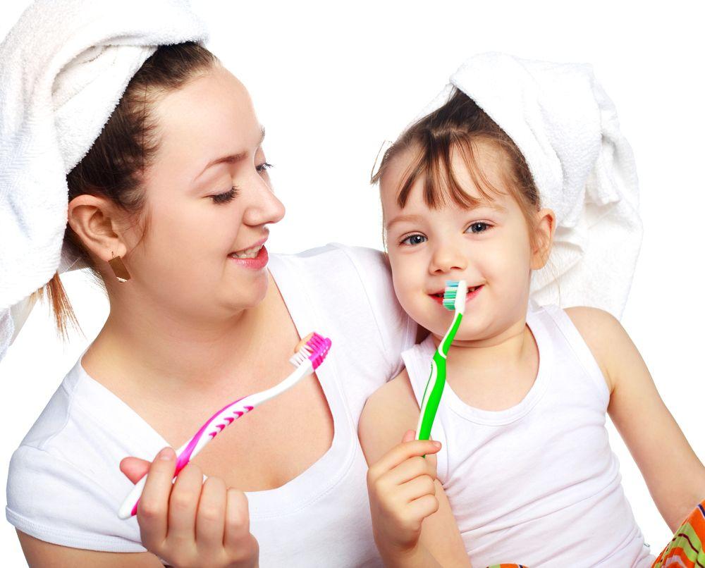 BabyToothbrushing1