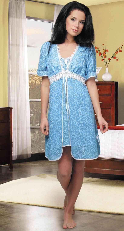 Фото жена в халатике 4 фотография