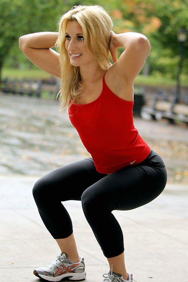 Упражнения для формы ягодиц