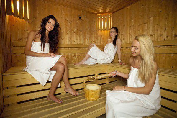 русские девушки в сауне фото