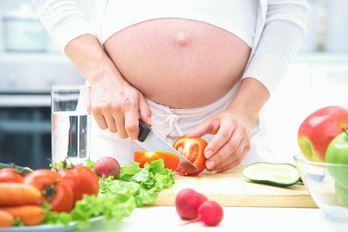 Здоровое питание и правильный уход за телом во время беременности