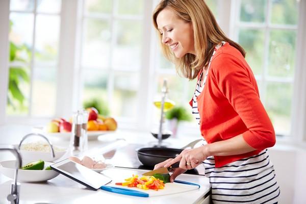 Как научиться готовить вкусно с нуля