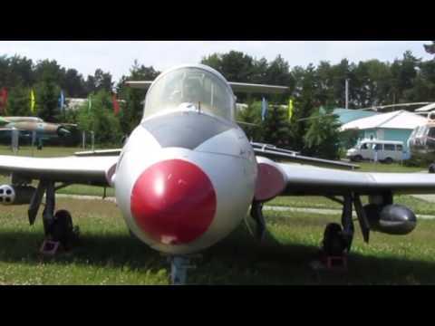 Экспозиция авиамузея. Минск - Боровая