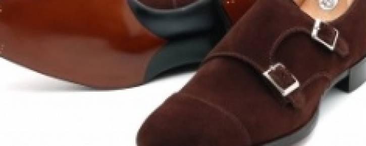 Как правильно чистить замшевую обувь?