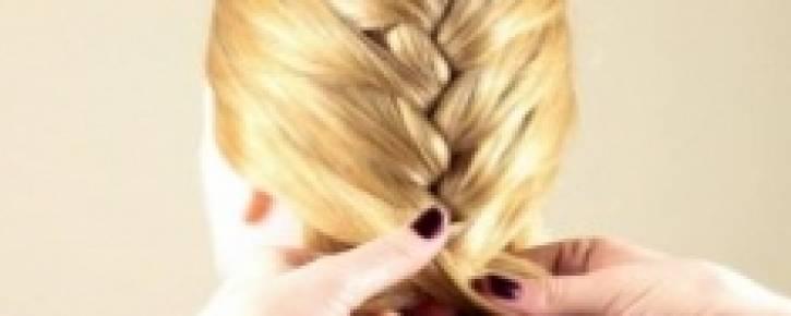 Как заплести французскую косу?