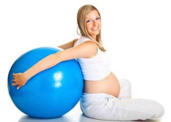 Беременность: как поддержать кожу и волосы