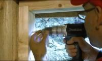 Чем обусловлена стоимость монтажа деревянных окон?