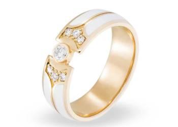Как купить обручальные кольца, не покидая собственного дома?
