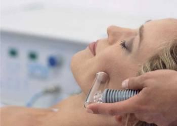 Вакуумный массаж лица: скорая помощь для кожи