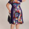 Летняя мода для женщин с пышными формами