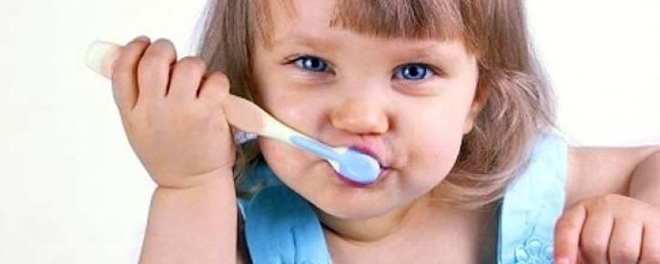 Правильный уход за молочными зубами — залог здоровья постоянных зубов