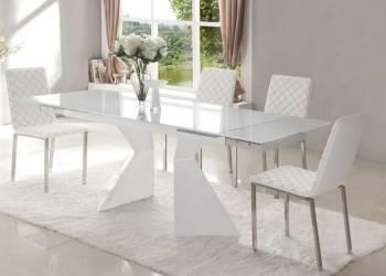 Сколько стульев нужно купить для комплектации обеденной группы