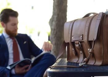 Правила выбора мужской сумки на каждый день