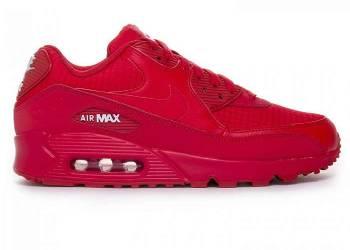 Красные кроссовки в гардеробе: модные решения и рекомендации
