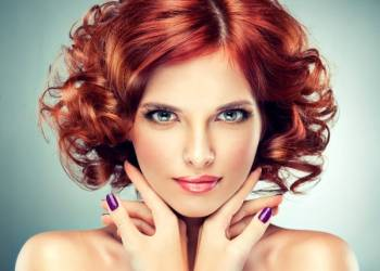 Яркий стиль – красные волосы