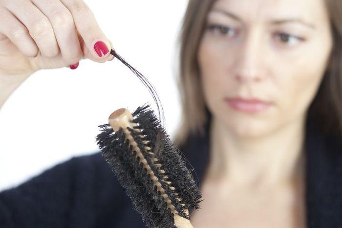Выпадают волосы фотография