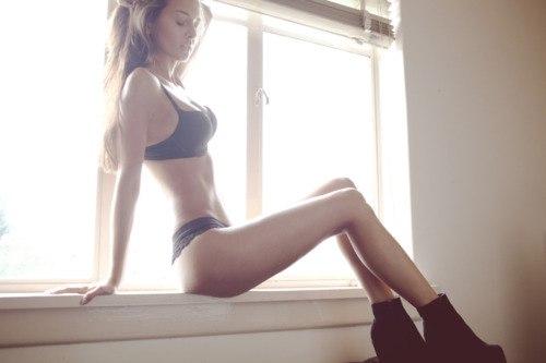 Девушка после фитнеса