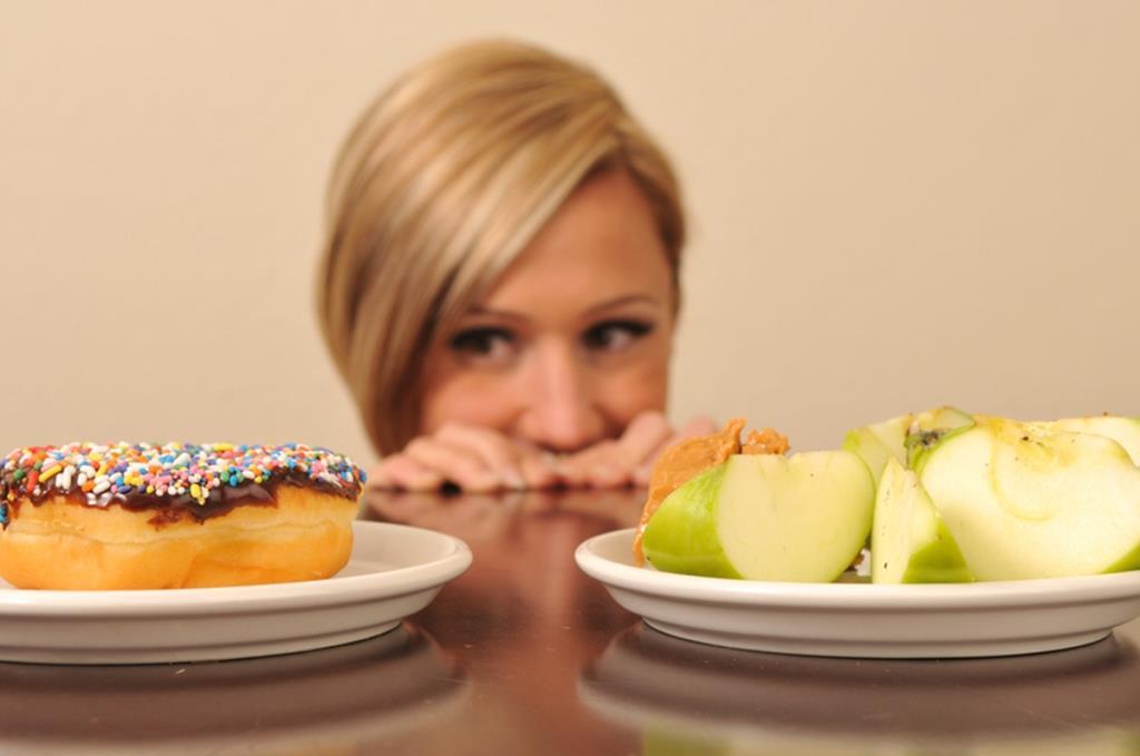 Как питаться кормящей матери?