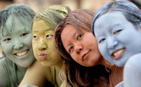 Какие бывают глиняные маски?