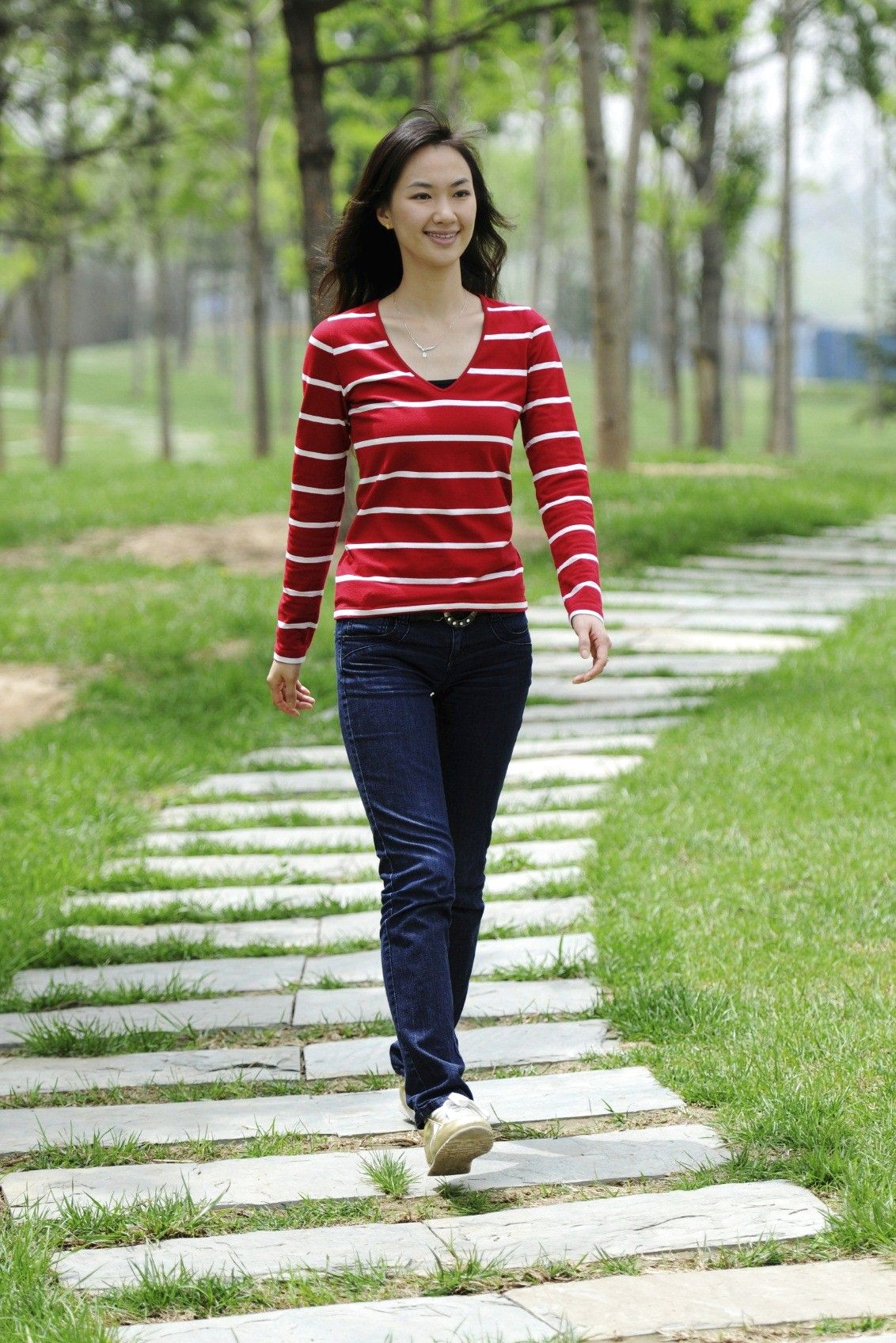 Woman-walking-3