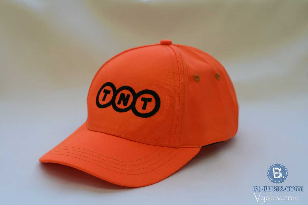 tnt-s-logotipom