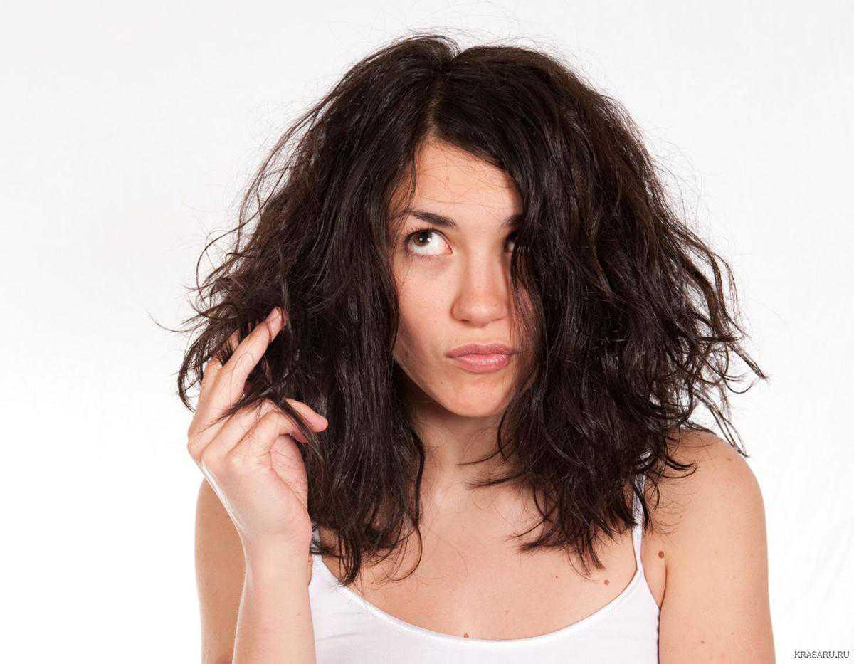 Фото пробиваются волосики, Волосы торчат из под купальника Случайное фото 28 фотография
