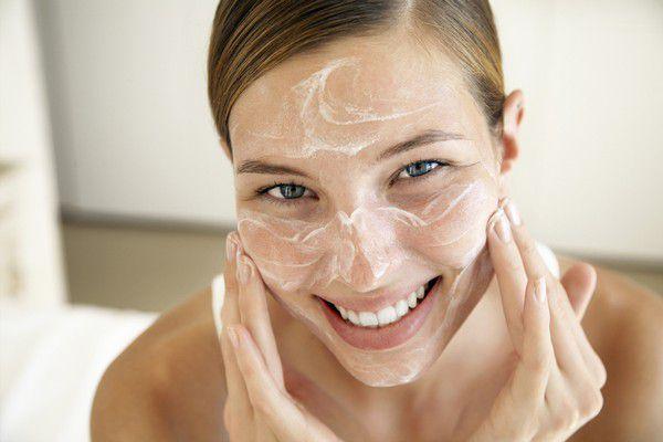 Правильный уход за сухой кожей