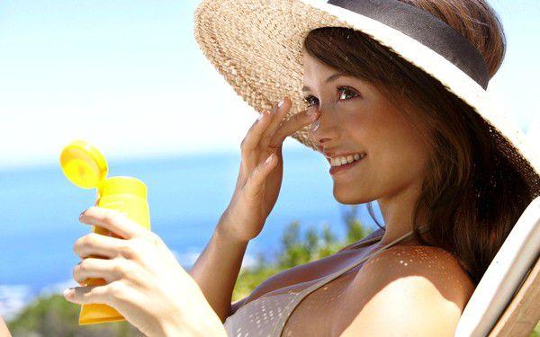 10 актуальных аксессуаров для пляжа сезона-2015