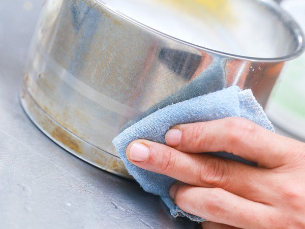 Уход за кухонной посудой