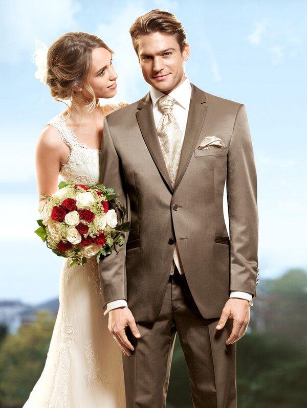 Особенности свадебных костюмов