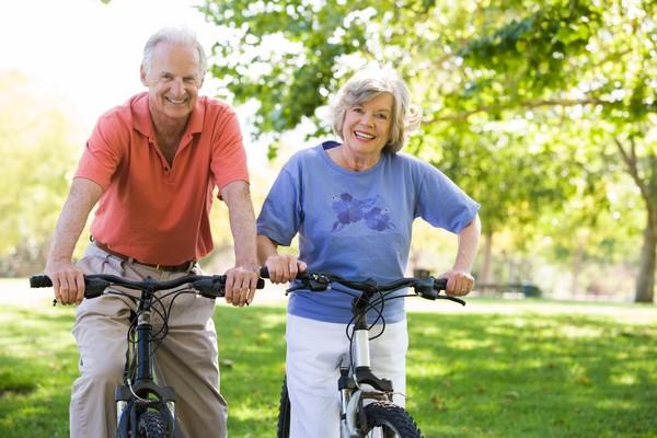 Как сохранять здоровье пожилым людям?