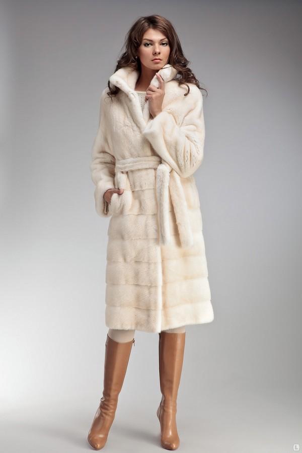 Модная верхняя одежда осень-зима 2016-2017 66622a79b76