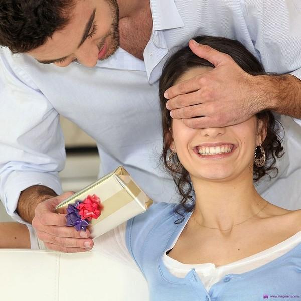 Что подарить любимой жене