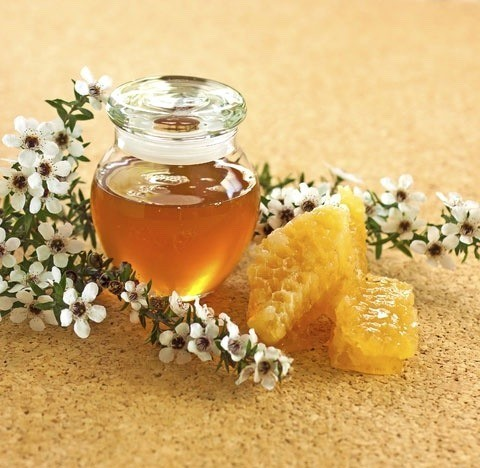Осветляемся с помощью меда и уксуса