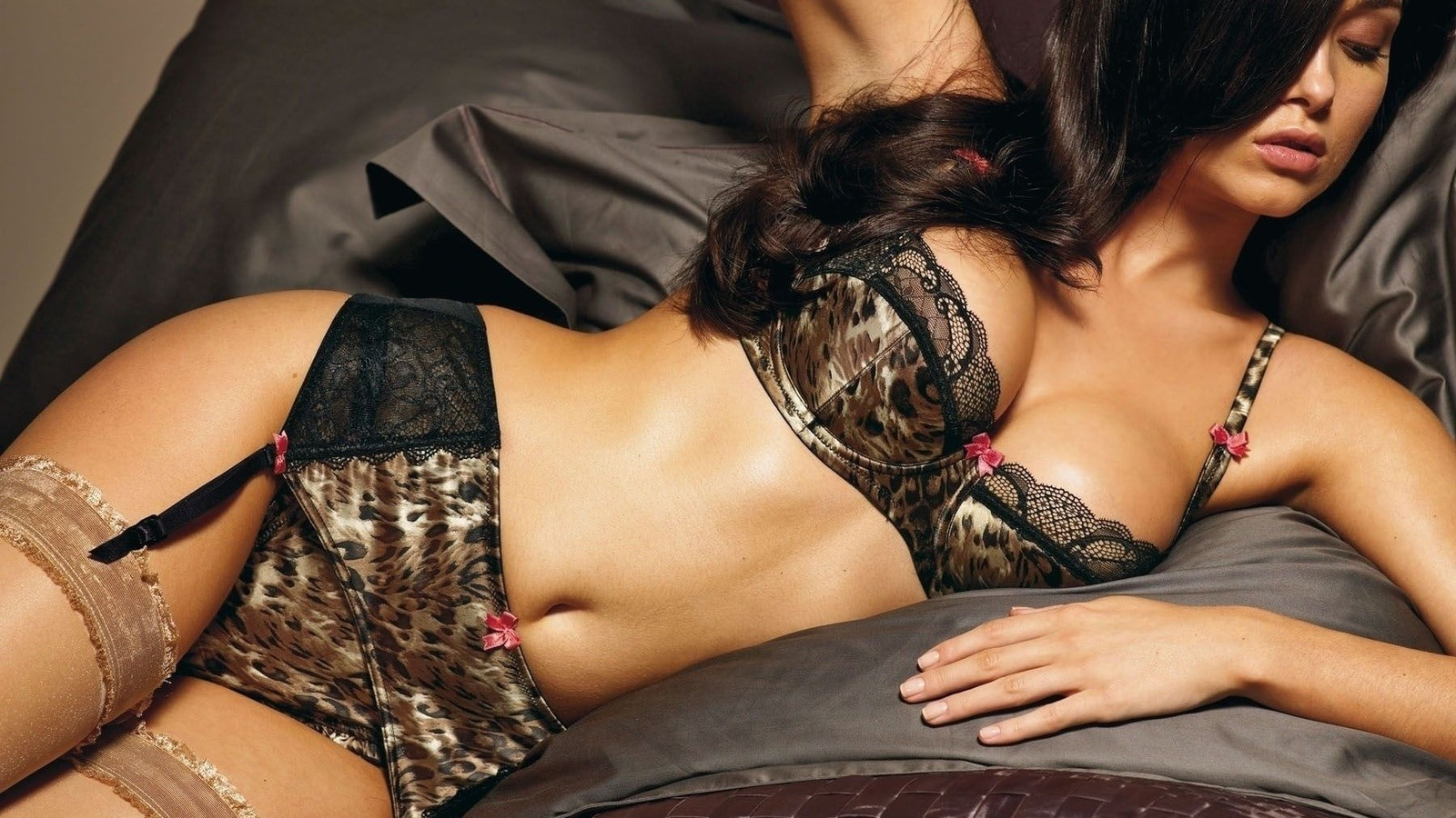 Эротичное нижнее бельё: путь к соблазнению
