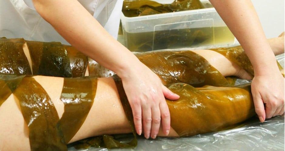 Обертывание для похудения с использованием меда и водорослей