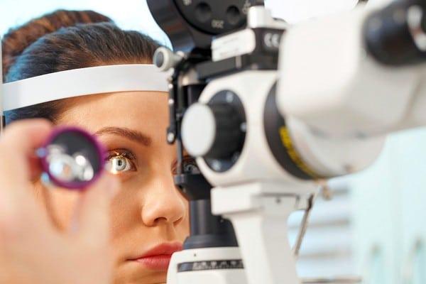 Что такое микрохирургия глаза?